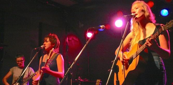 Liz Hughes and Julia Jacklin of Salta (Photo: Andrew Collis)