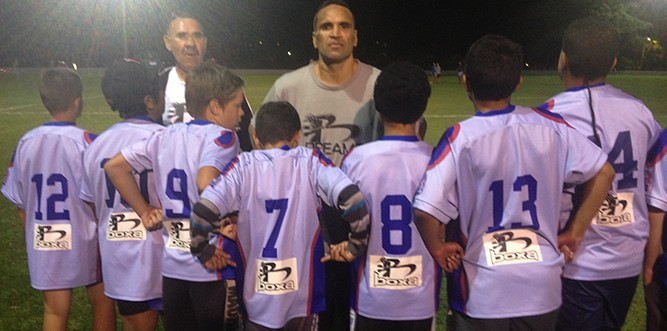 Anthony Mundine and some of the kids from the Rovers club, showing Boxa has their back! (Photo: Supplied)