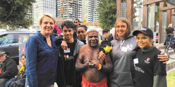 Tanya Plibersek with students William, Melaine, Ferlin, Melanie and Brianna, and Uncle Max Eulo (centre) Photo: Supplied
