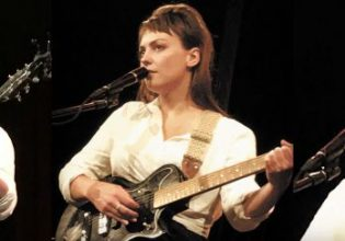 Angel Olsen at Giant Dwarf Theatre (Photos: Andrew Collis)