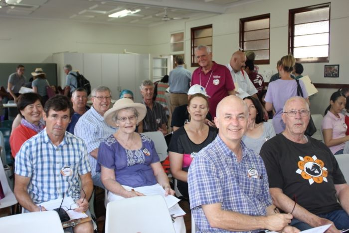 "More than a hundred volunteers from the Sydney Alliance and its partners at the ""Penrith speaks"" affordable housing survey action on March 17. Photo: supplied"