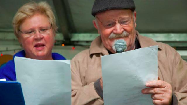 Regina Madden and John Lanzky perform at the Cana 40th anniversary celebration in Redfern Park (Photo: Fiona Powell)
